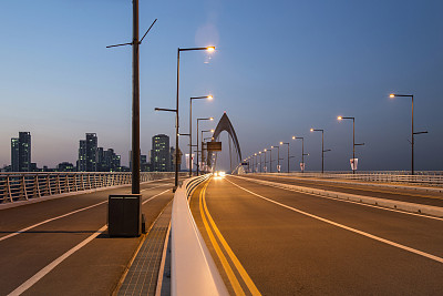 High-power led street lights, how long is the service life?
