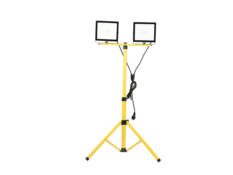 Super Efficiency LED 2*20W outdoor floodlights IP65 with Tripod-bracket with cable and power plug