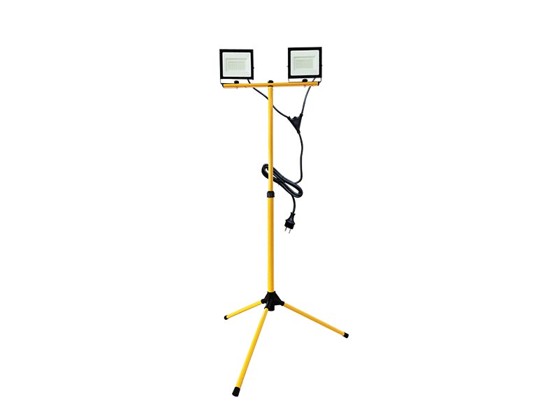 Super Efficiency LED 2*50W outdoor floodlights IP65 with Tripod-bracket with cable and power plug
